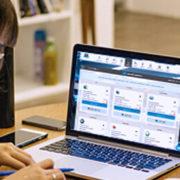 Jak zorganizować praktyki online